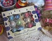 Mid Century Atomic Christmas Mesh Ornaments-Shiny Brite