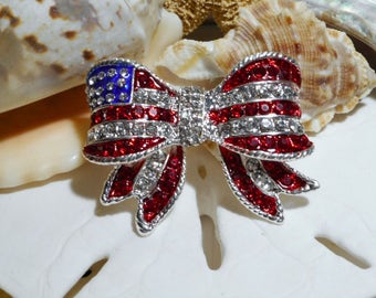Red White and Blue Stars and Stripes 3D Bow Pin Brooch Patriotic 17.26g
