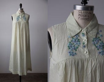 Vintage 90s Deadstock Cotton Mint Green Summer Dress with Floral Embroidery XS-S