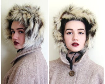 Vintage Mid-Century Fur Trapper Hat / 40s 50s 60s Bloomingdale's Fur Winter Hat with Chin Straps