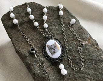 Grey and White Kitty Pendant Necklace