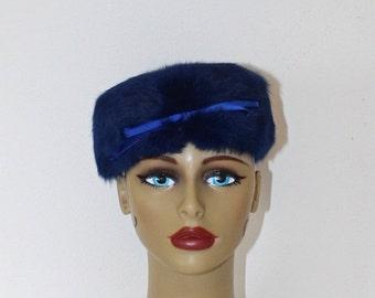 SALE Vintage Blue Rabbit Fur Pillbox Hat . 1950s Soft Silky Blue Fur Fascinator Hat . Blue Satin Bow in Front . Lovely Condition