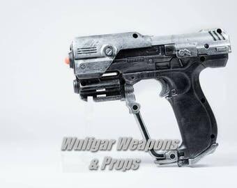 Halo Magnum - prop gun pistol