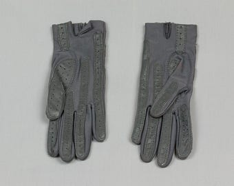 Grey Driving Gloves  Aris Isotoner, 8 1/2 inches long, Nylon / Spandex, One size fits all, Bound placket, Pristine condition