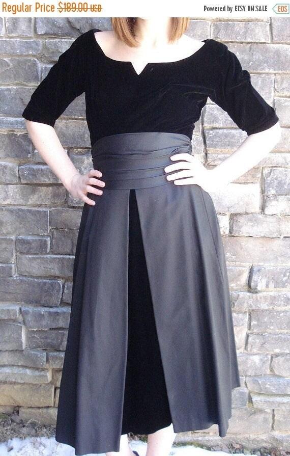 On Sale VIntage Dress Velvet/1950s-190s Black Cocktail Party -GiGi Young NY-Taffeta-Cumberbun-Pleated Waist Layered Skirt-Formal Black Tie a