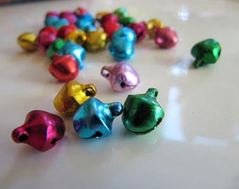 Jingle Bell Charms in Assorted Metallic Colors, Approx 9mm x 8mm, 100 Pieces, Christmas Holiday Crafts