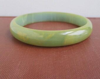 Bakelite Bangle Bracelet - Vintage, Light Green w/ Yellow Marbling