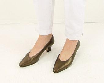 VINTAGE Bronze Heels Size 7 Leather Pumps 1980s