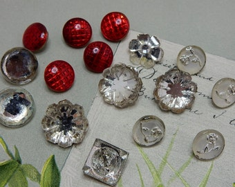 Mixed Lot of 16 Vintage Glass Mirror Buttons   NDT29