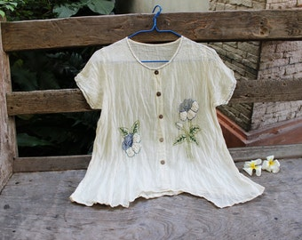 M-L Short Sleeves Bohemian Embroidered Top - Ivory