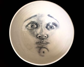 Moon Bowl of Man Face Holding His Breath, Large Man in the Moon Mixing Bowl in White Porcelain that Can Hang on Wall