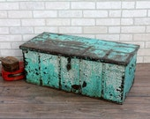 Vintage Trunk Antique Chest Keepsake Box Turquoise Industrial Box Foot Locker Retail Display Memory Box Moroccan Decor Boho Interior