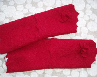 Red GLOVES with FLOWERS (76)