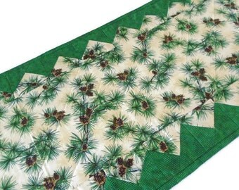 Quilted Table Runner Winter Pines, Country Quitled Table Runner, Evergreen Quilted Table Topper, Pine Cones Boughs, Woodland Pine