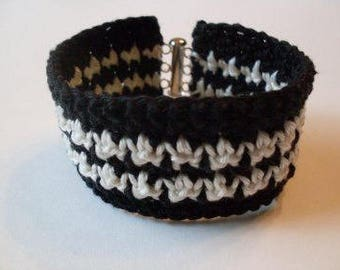 Houndstooth Bracelet Cuff  Rue23paris Jewelry  We Ship Internationally