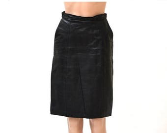 ON SALE Vintage Black Leather Skirt Size Small/Medium with Side Pockets
