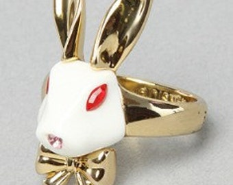 Disney bunny rare ring Goldplated htf Alice in Wonderland couture collection-White rabbit/enamel marked painted with bowtie/Crystal eyes