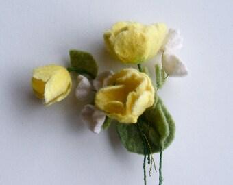 Felt brooch Yellow flowers - Handmade- Felt brooch- Wool brooch - Yellow brooch - Floral accessories