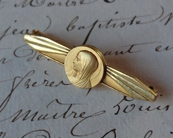 Beautiful petite antique French bar brooch with Madonna vignette c1900