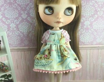 Blythe Dress with sleeves  - Retro Kitties