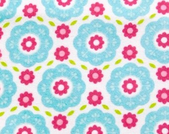 Flannel fabric from Riley Blake 100% cotton Premium Quality designer Snuggle flannel Fabric for general sewing projects.