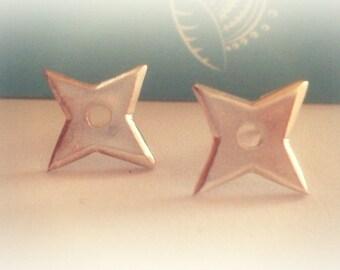 Shuriken Earrings, Ninja Star Earrings, Shuriken Stud Earrings, Shuriken Jewellery, Ninja Jewellery, Naruto Jewelry, Kunai Anime Jewelry