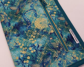 Standard case in Regal Teal, for circs, tips and short dpns