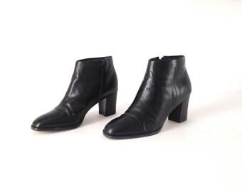 women's size 7 CHELSEA platforms boots vintage 90s black LEATHER boots