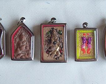 5 Thai Buddhist Buddha Clay Amulet Medallions Pendants Set Jewelry Craft Supplies Thai Amulet
