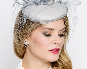 """Gray Fascinator - """"Juliet"""" Gray Round Felt Sinamay Hat w/ Feathers and Satin Ribbons"""