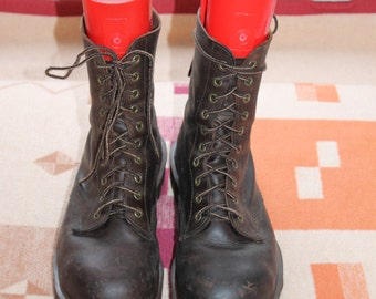 Vtg. Dr. Martens Air Wair  Mens bouning sole Work Boots England us sz 11