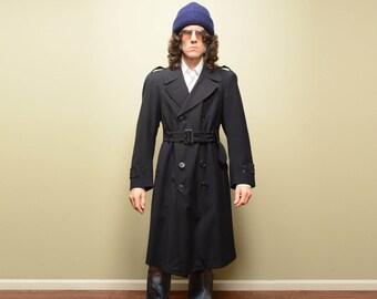 vintage 50s military trench US navy army trench coat black gabardine belt waist Rainfoe 1950 menswear padded shoulder 38-40 medium