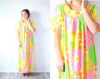 20% OFF HALLOWEEN SALE Vintage floral summer 70's yellow pink green dress // boho garden floral dress // 60's muumuu bohemian dress / Summer