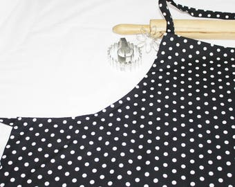 Plus Size Black and White Dots Apron