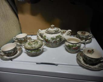 Vintage 1950s to 1960s Retro Mill Stream Pattern Made in England Johnson Bros. Tea Set Teapot/Sugar Bowl with Cover/Creamer/6 Cups/9 Saucers