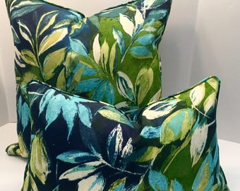 Outdoor Pillow Cover in SeaBreeze Leaves includes piping