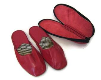 60s Travel Slippers Men's Travel Slippers Red Leather Slippers Slippers with Case 1960s Red Slippers Red House Slippers Bedroom Slippers