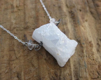Winter Stone // White Druzy Pendant Necklace // Druzy Jewelry // Sterling Silver // Raw Crystal Necklace