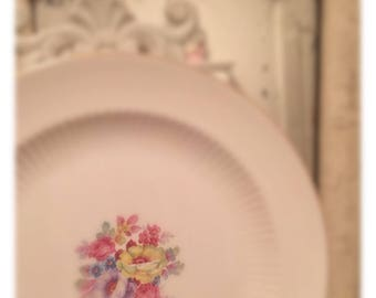5 gorgeous 1940s floral dinner plates  Victoria Spring Rose big pre holiday mark downs!