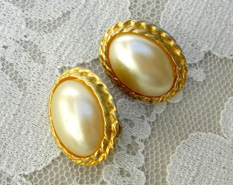 Classic Pearl & Gold Clip-On Earrings, vintage 1950s, from Mom's jewelry box
