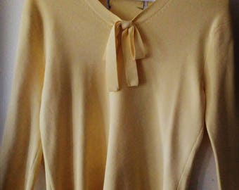 Spring Time Yellow Small Blouse