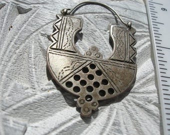 Silver (tested) Moroccan double sided small round tarnished hand engraved Tuareg style pendant with holes