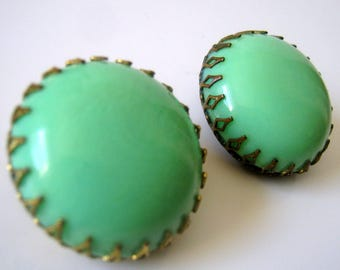 Vintage Green Button Clip On Earrings, Fashion Jewelry