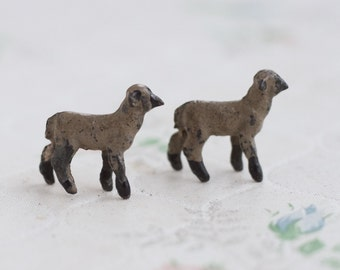 Lead Lamb - Set of 2 - Antique Iron Cast Sheep Toy - Miniature Nativity Scene - Made in England