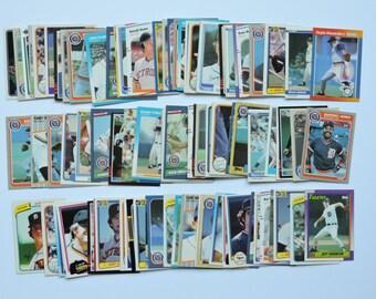 Detroit Tigers - Lot of 100 Assorted Vintage Baseball Cards