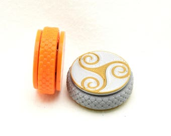 Mini Hand spinners: 3D printed, customizable, pocket sized fidgets