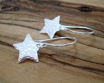 Tiny silver earrings - Star earrings - Gift for her - Hammered Sterling silver earrings - Small earrings - Gift for women - Small gift
