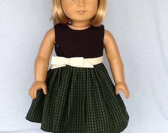 18'inch doll dress and hair clip.  Fits American Girl Dolls. Green and black gingham.
