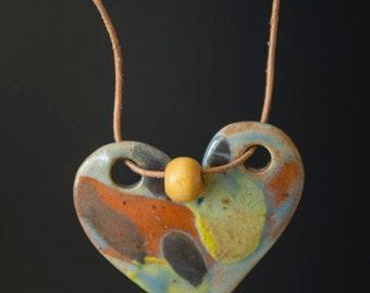 "Ceramic Heart Necklace - Porcelaine - 10"" -"