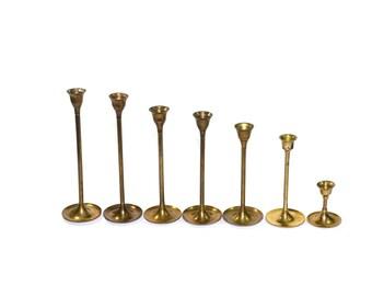 Vintage Brass Graduating Candlesticks Mid Century Modern Brass Candlesticks Brass Candle Holders Set of 7 Wedding Candlesticks